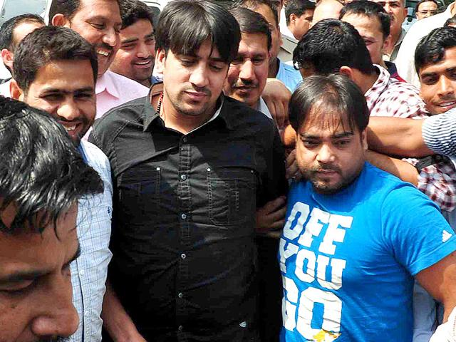 5 Indian gangsters you don't want to mess with - the lowdown