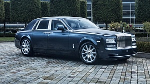 buyers_guide_-_rolls_royce_phantom_2014_-_front_quarter